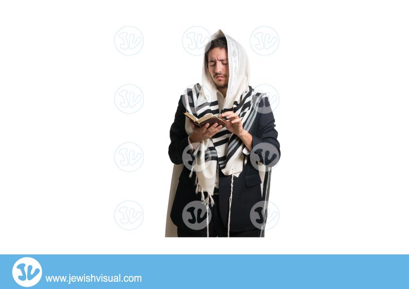 Man praying with talit and siddur – front – אדם מתפלל עם טלית וסידור – מבט מקדימה