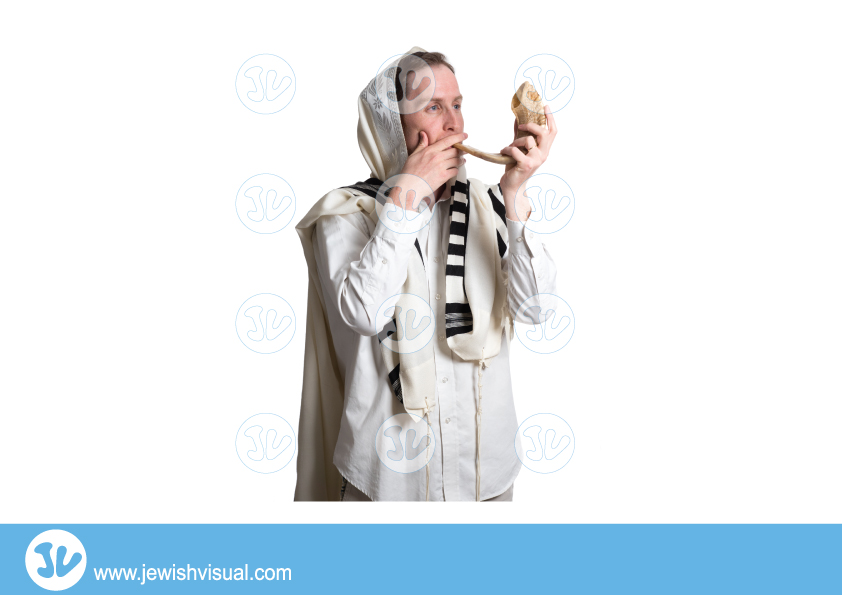 Man Blowing Shofar – 3 – איש תוקע בשופר